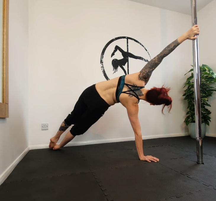Pole Side Plank
